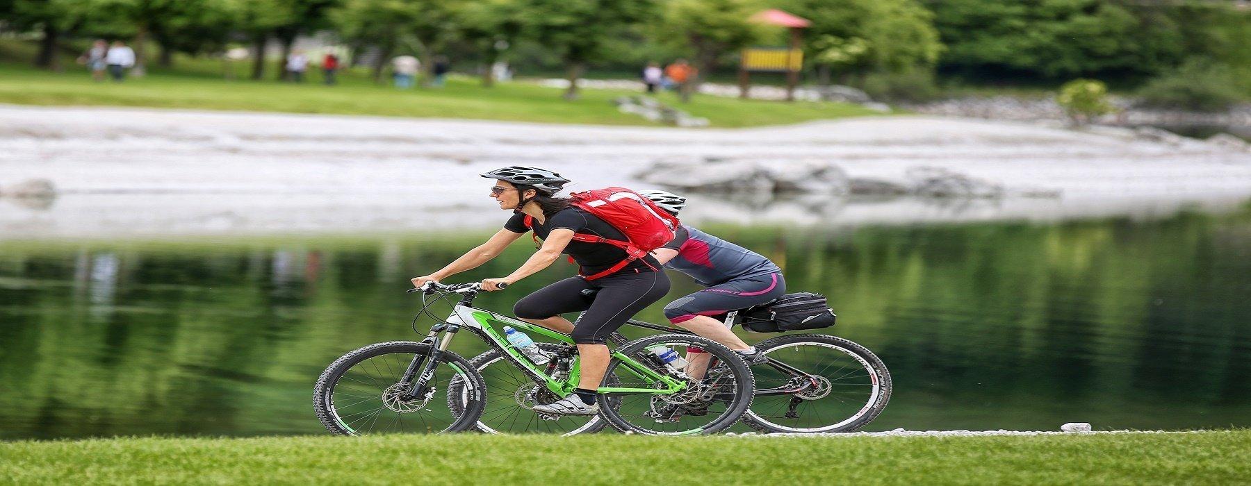 In bicicletta a Molveno